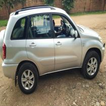 Rav4 for sale Nziza